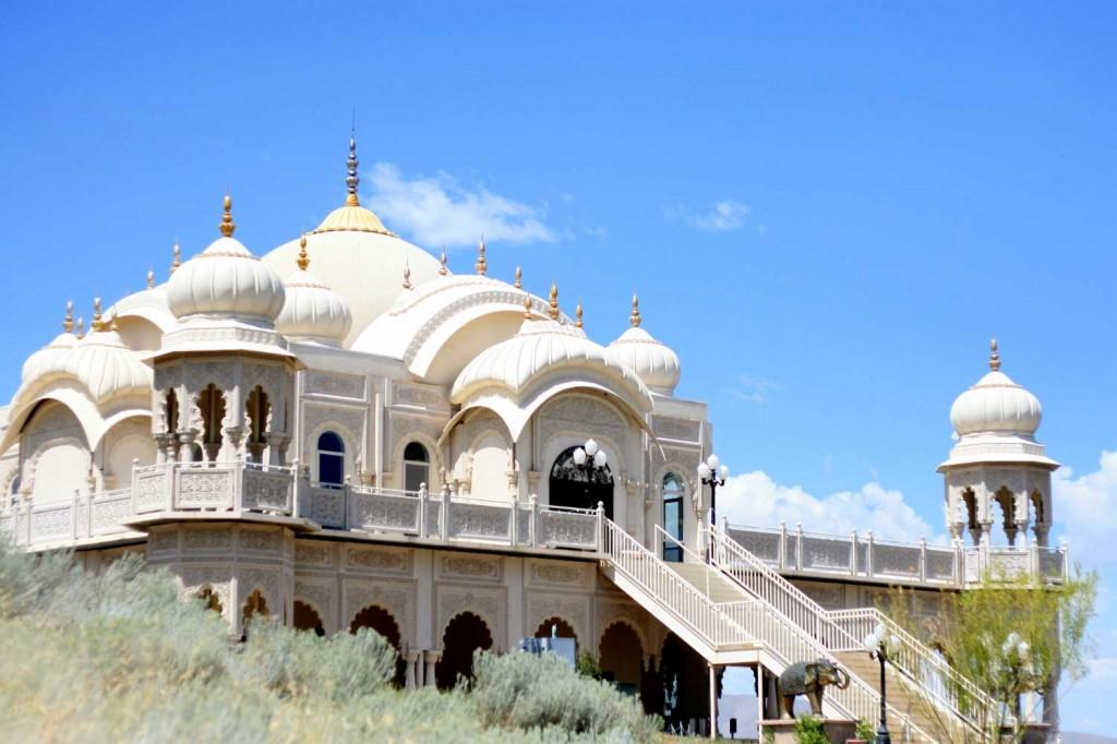 03-Krishna-Temple-in-UTAH