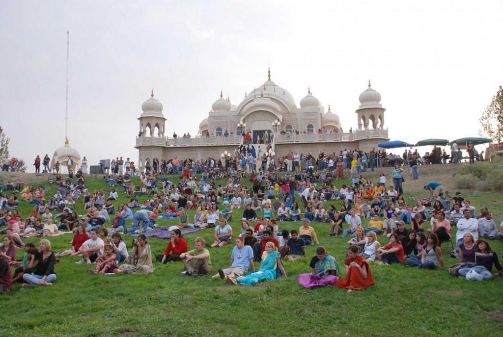 04-Krishna-Temple-in-UTAH