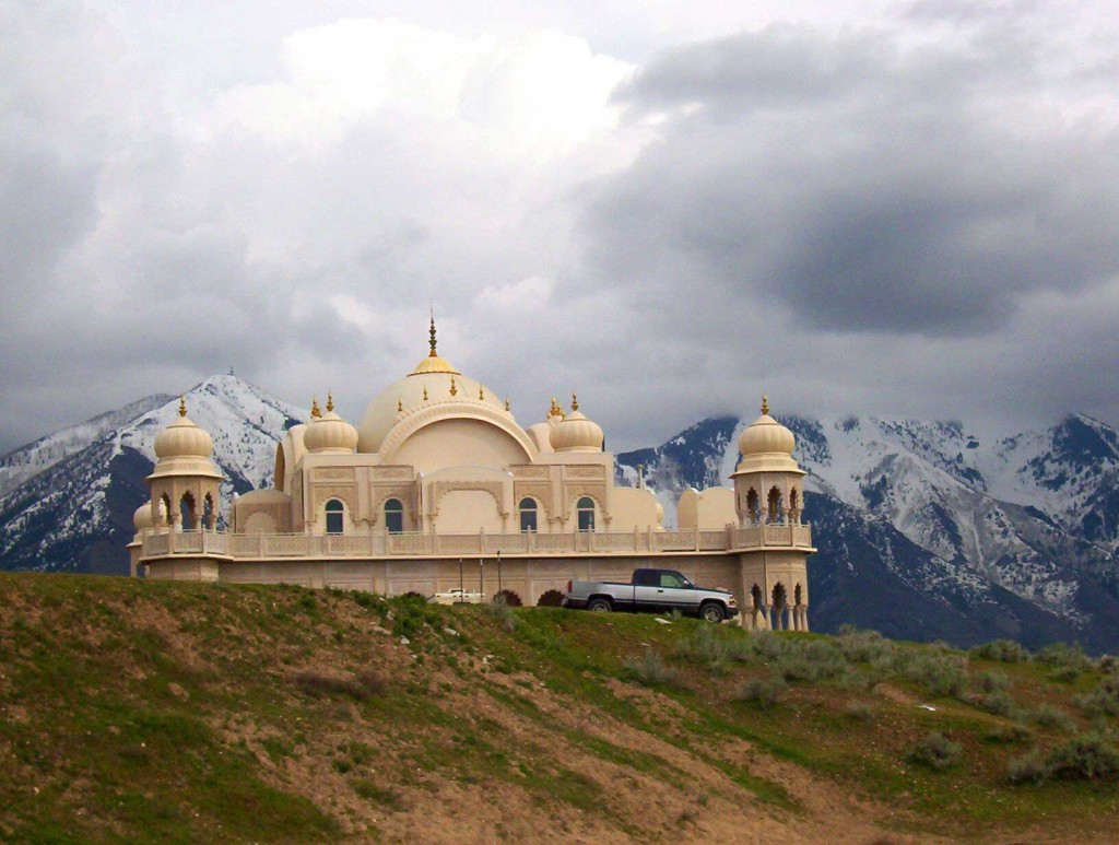 13-Krishna-Temple-in-UTAH