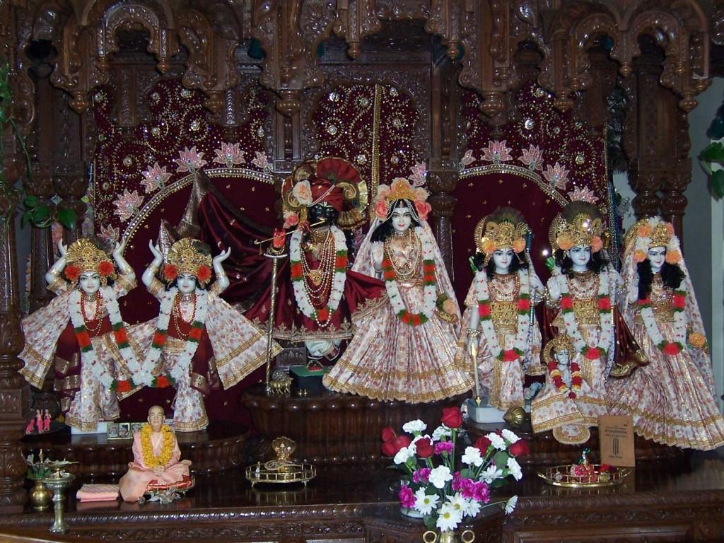 15-Krishna-Temple-in-UTAH