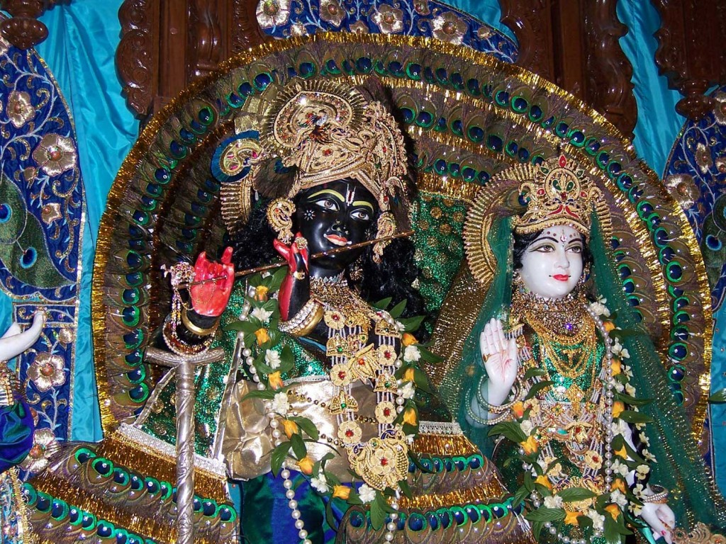 16-Krishna-Temple-in-UTAH