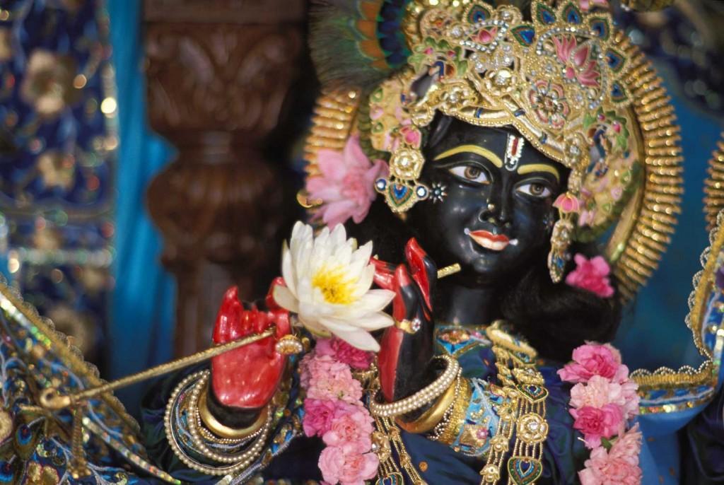 17-Krishna-Temple-in-UTAH