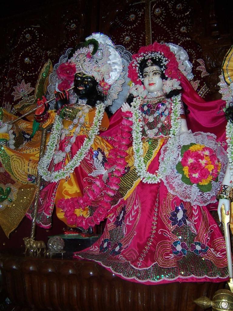 18-Krishna-Temple-in-UTAH